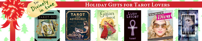 Holiday Gift Ideas for Tarot Enthusiats