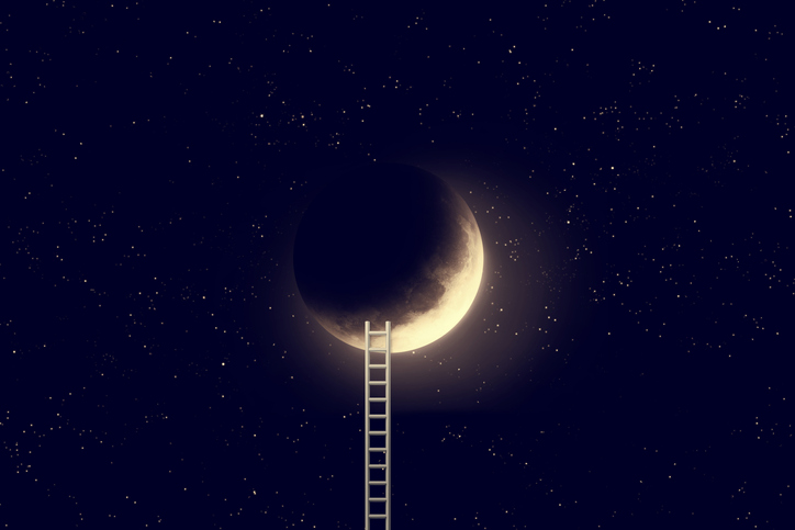Dreamtime with Moon