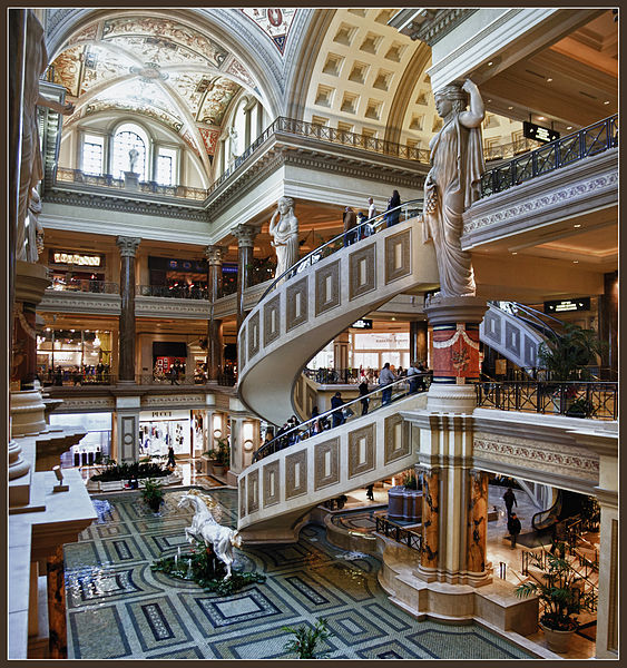 563px-The_HDR_Files_IV_-_Shopping_at_Caesars_(6021383373)